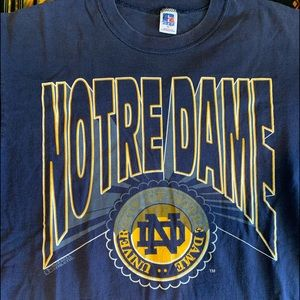 Vintage 1990s Russell Athletic Notre Dame T SHIRT